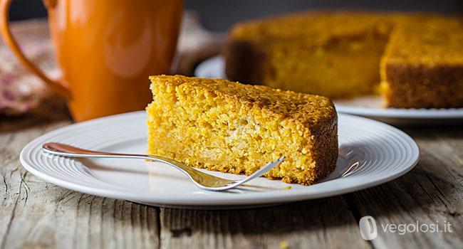 Torta vegana di carote soffice
