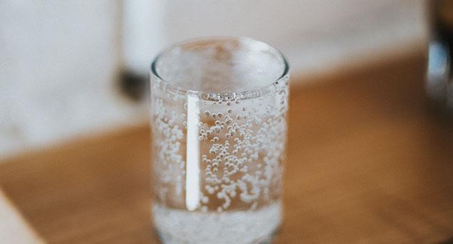 77,6% dos italianos bebem.  Mais fácil e mais ecológico 10
