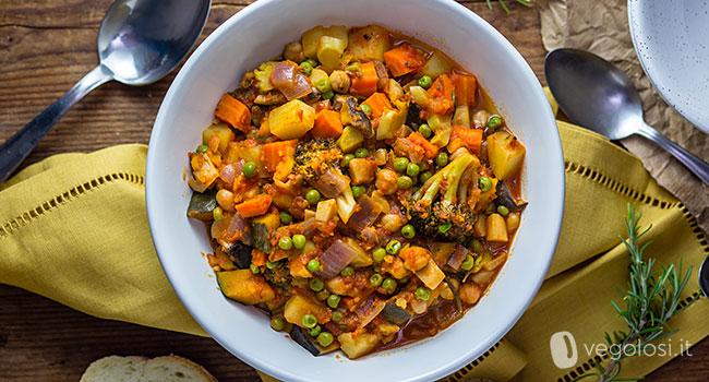 Gulash di verdure vegan
