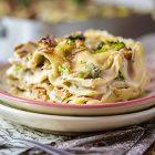 Lasagne vegane ai broccoli, noci e semi di girasole