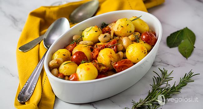 Patate novelle alla mediterranea con fagioli bianchi di Spagna
