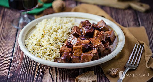 Tofu al vino rosso e timo